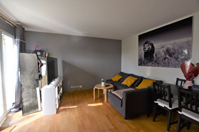 Appartement F2 DUPLEX - COMBS LA VILLE